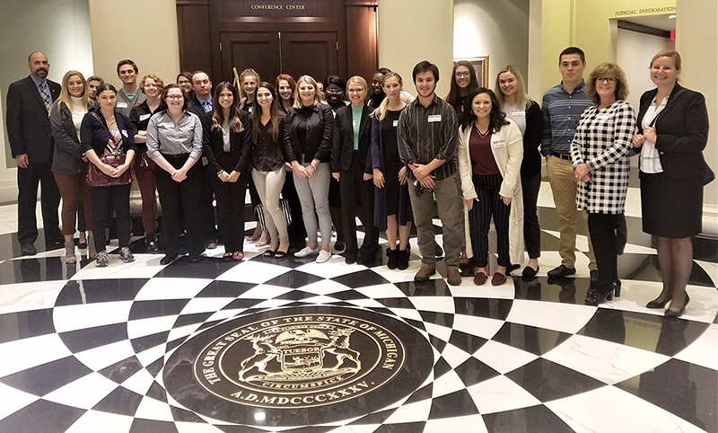 Pre-Law Students and Faculty Visit State Hall of Justice
