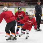CAMPERS RECEIVE QUALITY ICE TIME, VIDEO ANALYSIS AND WORLD-CLASS INSTRUCTION.