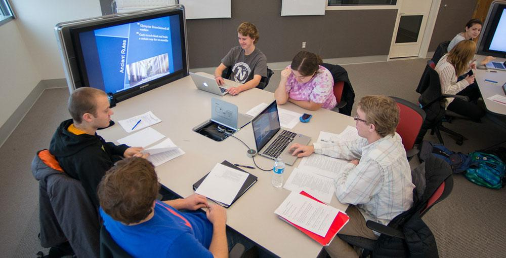 The Learn Lab in FLITE is designed to help students collaborate.