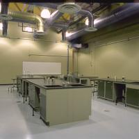 Interior wet lab